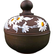 Westmoreland Daisy on Brown Mist Puff Box