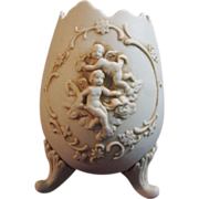 Lefton Porcelain Cherub Egg Footed Planter #722