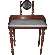 "Large wash stand for 18""-20"" poupee"