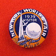 1939 New York World's Fair Visitors Souvenir Pinback Button