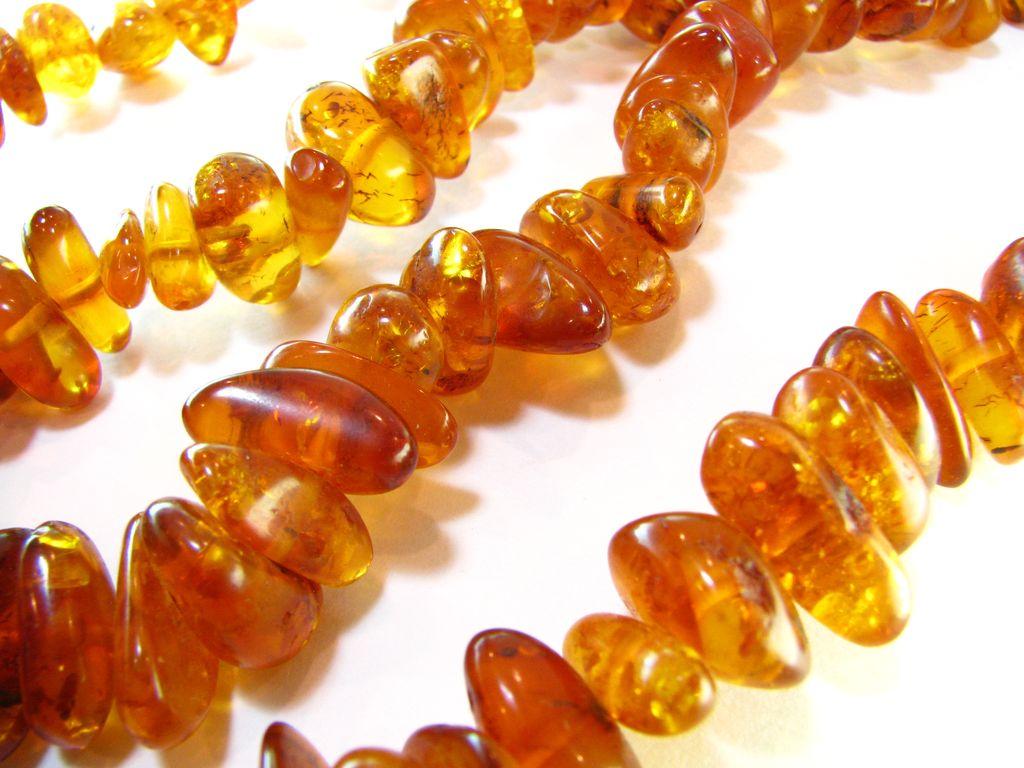 Le Les Femmes D'ambre Et Collier Naturel c3L5ARjq4S