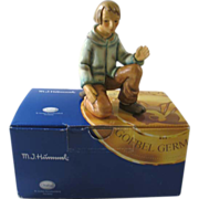 Goebel Hummel Kneeling Shepherd Current TMK with Box