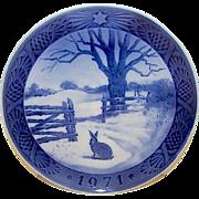 ROYAL COPENHAGEN 1971 Christmas Plate Rabbit Hare in Winter Design