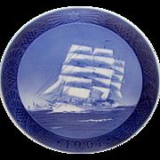 "ROYAL COPENHAGEN 1961 Christmas Plate ""Training Ship"" Ship Boat Design"