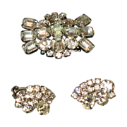 SALE Vintage costume jeweled brooch and matching clip earrings