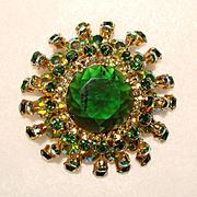 Fabulous Juliana (DeLizza & Elster) Green Dimensional Rhinestone Brooch