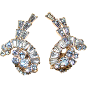 Fabulous D&E JULIANA Vintage Blue Rhinestone Clip Earrings