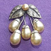 Fabulous ART DECO Era Large Faux Pearl Vintage Estate DRESS CLIP Brooch