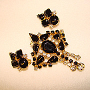 Fabulous BLACK & CLEAR Rhinestone Dangle Brooch Set