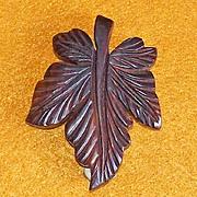 Fabulous CARVED WOOD Leaf Vintage Estate Dress Clip Brooch