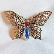 Fabulous ART Signed Vintage BUTTERFLY Jeweled Filigree Estate Pin Brooch