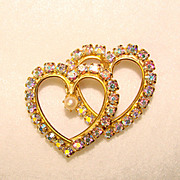 Gorgeous CATHE Signed Vintage HEART Aurora Rhinestone Pin Brooch