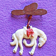 Awesome HORSE & COWGIRL COWBOY HAT Early Plastic Vintage Estate Pin Brooch