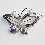 Gorgeous Sterling & Akoya Cultured Pearl Butterfly Vintage Estate Pin Brooch