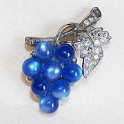 Awesome GRAPES Moonglow Lucite & Rhinestone Vintage Estate Pin Brooch
