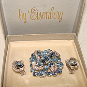 Fabulous Vintage EISENBERG Signed Blue & Clear Rhinestone Brooch Set in Original Box