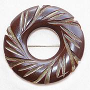 Gorgeous CARVED BAKELITE Vintage Circle Pin Brooch