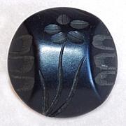 Gorgeous Carved Bakelite Flower Design Vintage Button