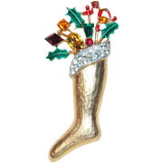 Gorgeous WEISS CHRISTMAS STOCKING Vintage Pin Brooch