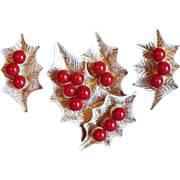 Gorgeous DODDS Christmas Holly & Berry Vintage Pin Brooch Set