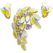 Fabulous YELLOW FROST Glass & Aurora Rhinestone Vintage Pin Brooch Set