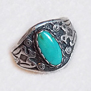Gorgeous STERLING & TURQUOISE Thunderbird Vintage Ring