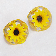 Vintage DAISY OR SUNFLOWER Reverse Carved Lucite Earrings