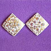 Gorgeous PLASTIC & AURORA RHINESTONE Vintage Earrings