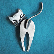 Awesome BEAU STERLING CAT Vintage Pin Brooch