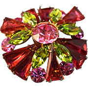 INCREDIBLE Dimensional Unsigned Schreiner Rose Pink/Green Domed Layered Brooch