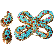 Outstanding Crown Trifari Figural Bow Brooch & Earrings Simulated Turquoise Beads