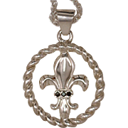 Artisan Pendant Fleur de Lis Emblem Inset In An Open Twisted Frame 925 Sterling Silver Accente