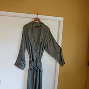 SOLD Vintage Men's Perry Ellis Silk Dressing Gown / Lounge Robe Size LARGE - XL