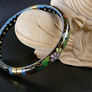 Vintage Cloisonné Hinged Bangle