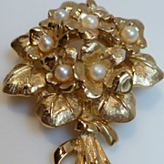 Vintage Signed Boucher 8368 Violets February Flower of the Month Brooch