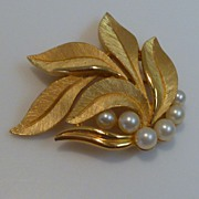 Signed Crown TRIFARI Leafs and Pearls Brooch