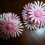 Vintage 1950's Plastic Flower Earrings
