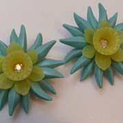 Vintage 1950's Plastic Flower Borealis Rhinestone Earrings