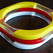 Vintage Colored and Clear Lucite Bangles Bracelet Set of 3