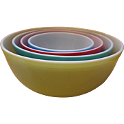 Pyrex Primary Colored Nesting Bowls
