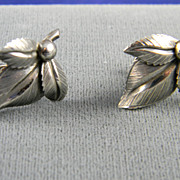 Graceful Danecraft Vintage Screw Back Earrings