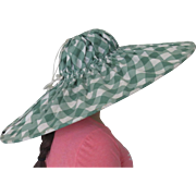 SOLD Vintage 1950's Foldable Sun Bonnet Gingham in Green and White with Snap and Pocket
