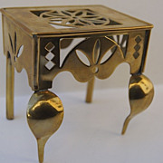 Miniature Brass Trivet Footman
