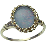 SALE Vintage 10K Yellow Gold Opal Ring.
