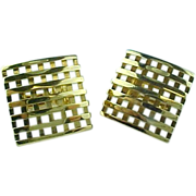 AVON Vintage Gold Tone Weaved Square Clip On earrings