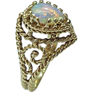 SALE Vintage 14K Yellow Gold Filigree Pear Opal Ring