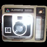 Kodamatic Instant Camera Pleaser II