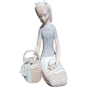LLadro Girl with Dove #4909