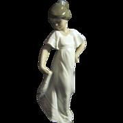 "NAO Porcelain Figurine ""How Pretty"""