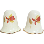 Jewel Tea Autumn Leaves Salt & Pepper Shakers with Ruffled Bottom (Casper)